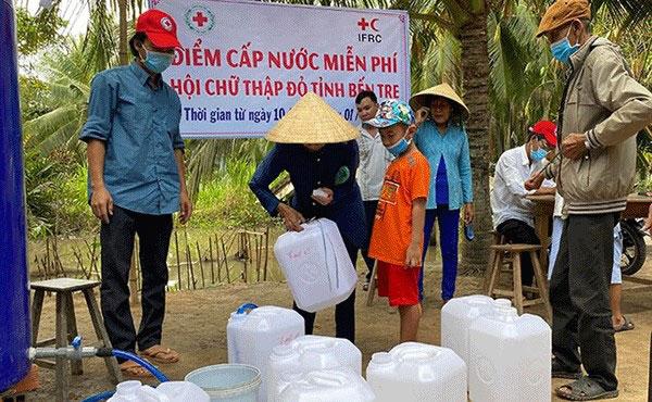 Ngày Quốc tế giảm nhẹ thiên tai 13/10: Hội Chữ thập đỏ Việt Nam chủ động ứng phó với thách thức kép - Ảnh 2.