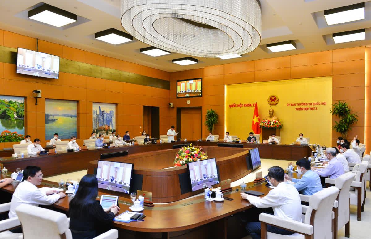 Ghi nhận từ việc thực hiện Nghị quyết 68/2013/QH13 về BHYT toàn dân - Ảnh 2.