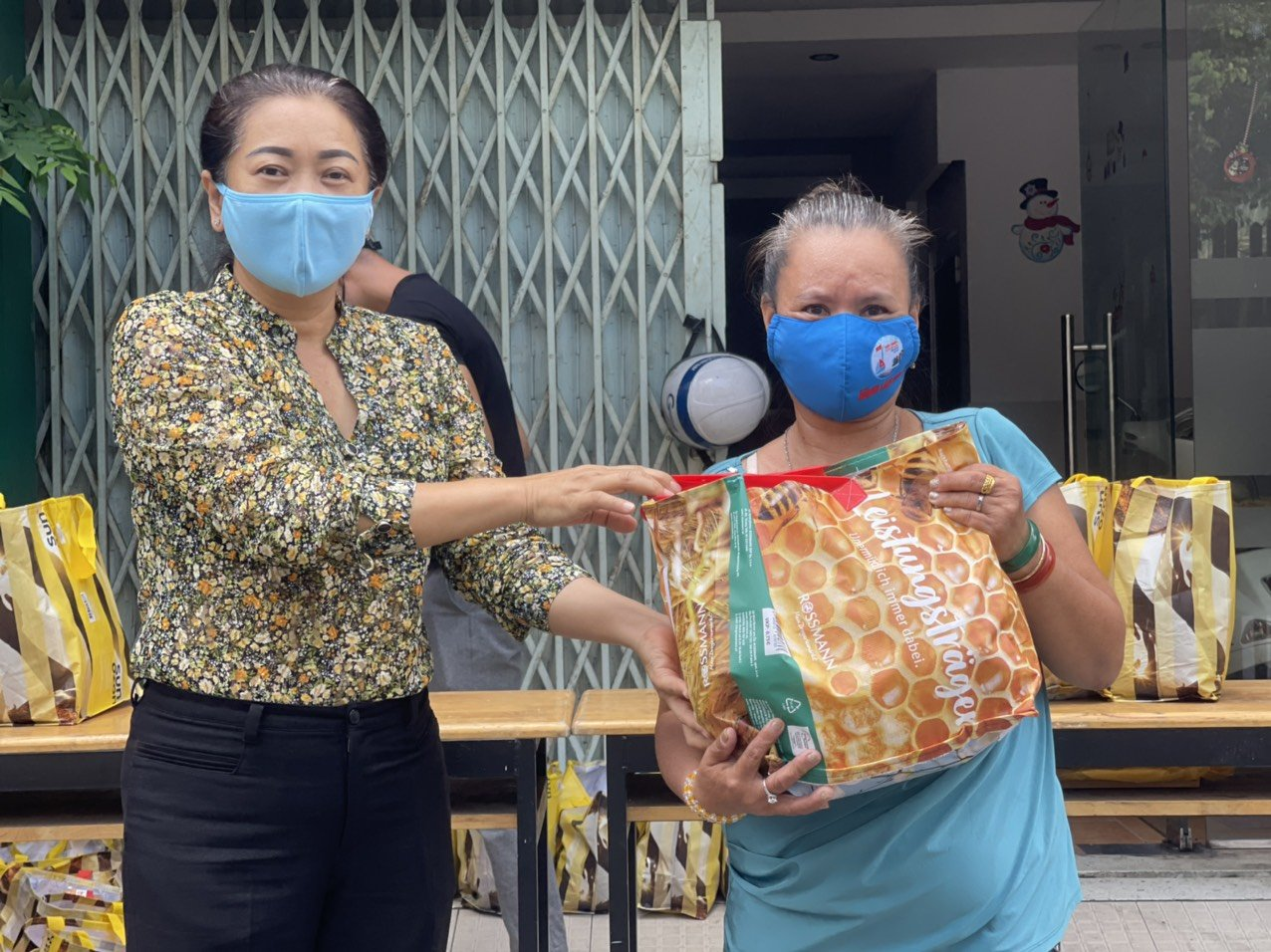 TP Hồ Chí Minh: Ngừng hoạt động mạng lưới tình nguyện viên tiếp nhận thông tin hỗ trợ qua Tổng đài 1022 - Ảnh 1.