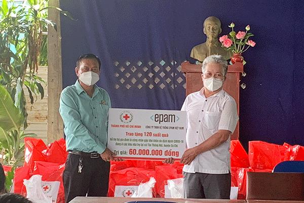 Hội Chữ thập đỏ TP. Hồ Chí Minh: Hỗ trợ người dân khó khăn bởi dịch ở xã Tân Thông Hội, huyện Củ Chi - Ảnh 1.