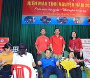 Ninh Bình: Đôi vợ chồng nhiều lần đồng lòng tham gia hiến máu cứu người