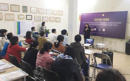 Khai giảng lớp đào tạo nghề xoa bóp bấm huyệt cho người khuyết tật Hà Nội