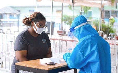 TP Hồ Chí Minh: Hỗ trợ người nước ngoài gặp khó khăn do dịch COVID-19