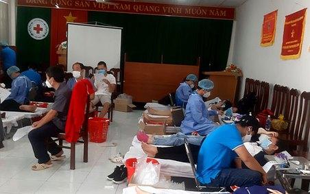 Bà Rịa-Vũng Tàu: Chia sẻ những giọt máu hồng trong mùa dịch